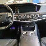 So sieht die luxuröse Innenausstattung des Mercedes AMG S63 mit Keramikversiegelung aus.